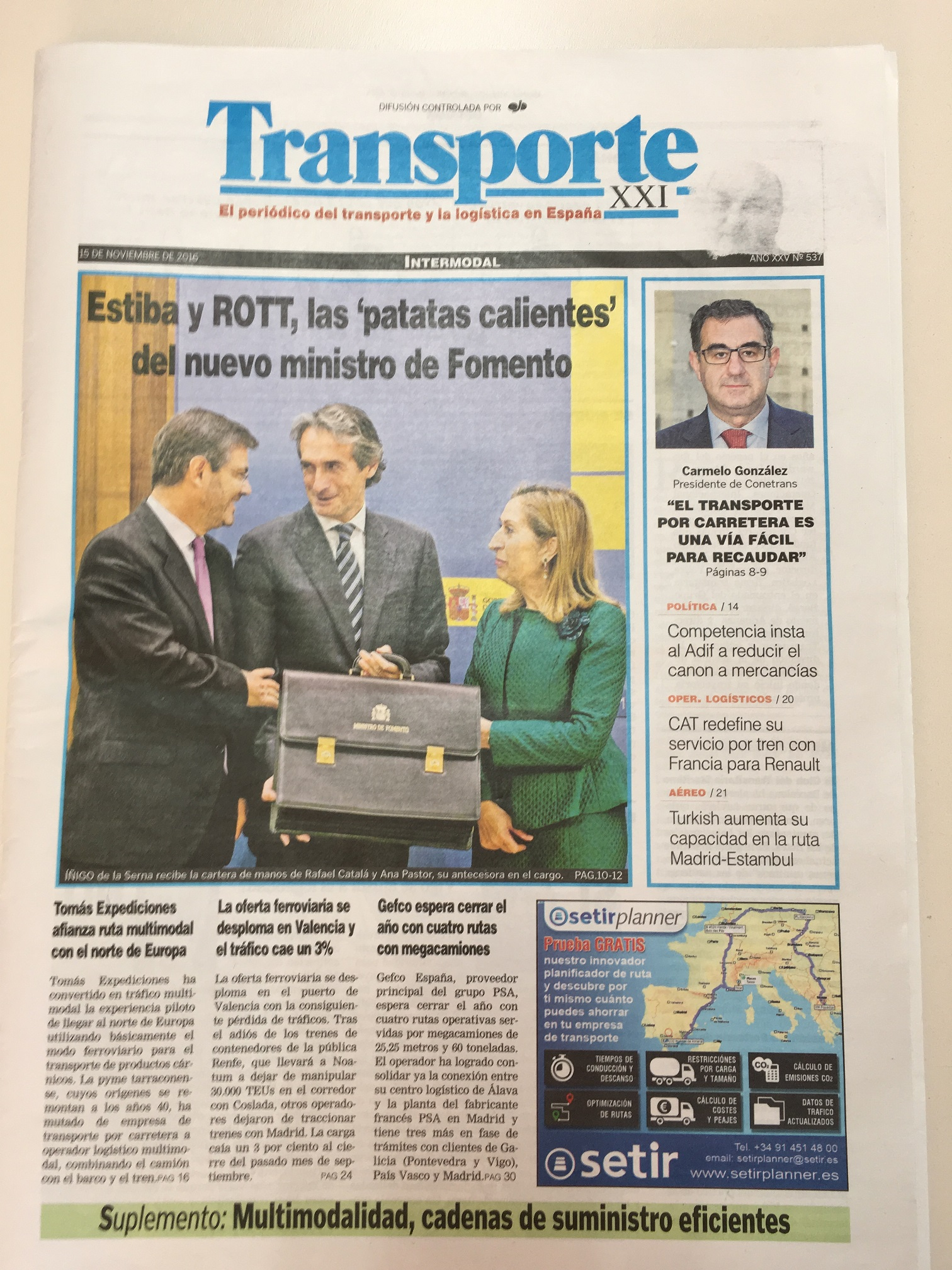 The newspaper Transporte XXI talks about the multimodal activity of Tomas Expediciones.